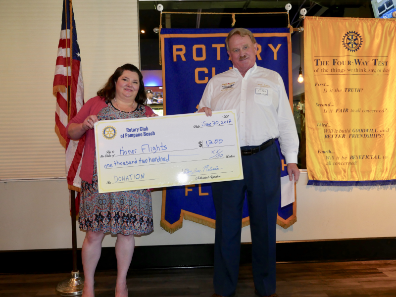 Honor Flights receives a donation from our Rotary Club July 2017